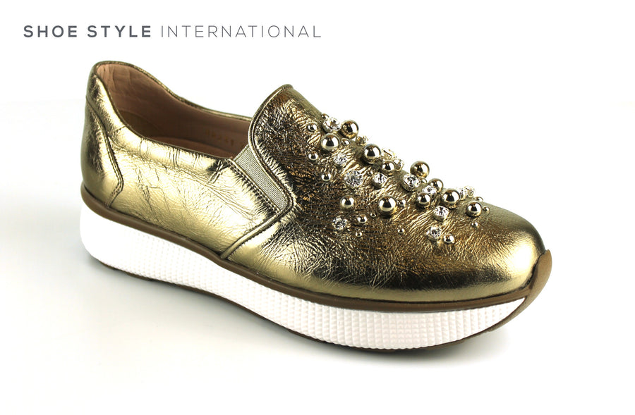 Pons Quintana 7960 Gold Slip On Shoe with Ball and Diamante Detail, Ireland Shoe Shops online, Shoe Style International, Location Wexford Gorey, Ireland