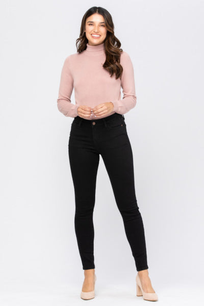 Judy Blue Mid/High Rise Black Non distressed perfect skinny jean
