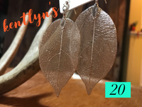 Filigree leaf earrings and necklace