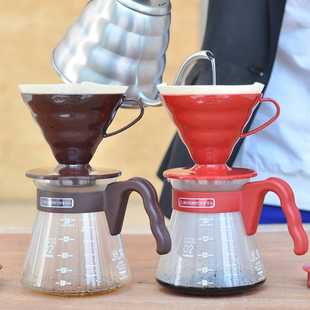 Hario V60 Coffee Pour Over Server Kit - Glass / Red 700ml