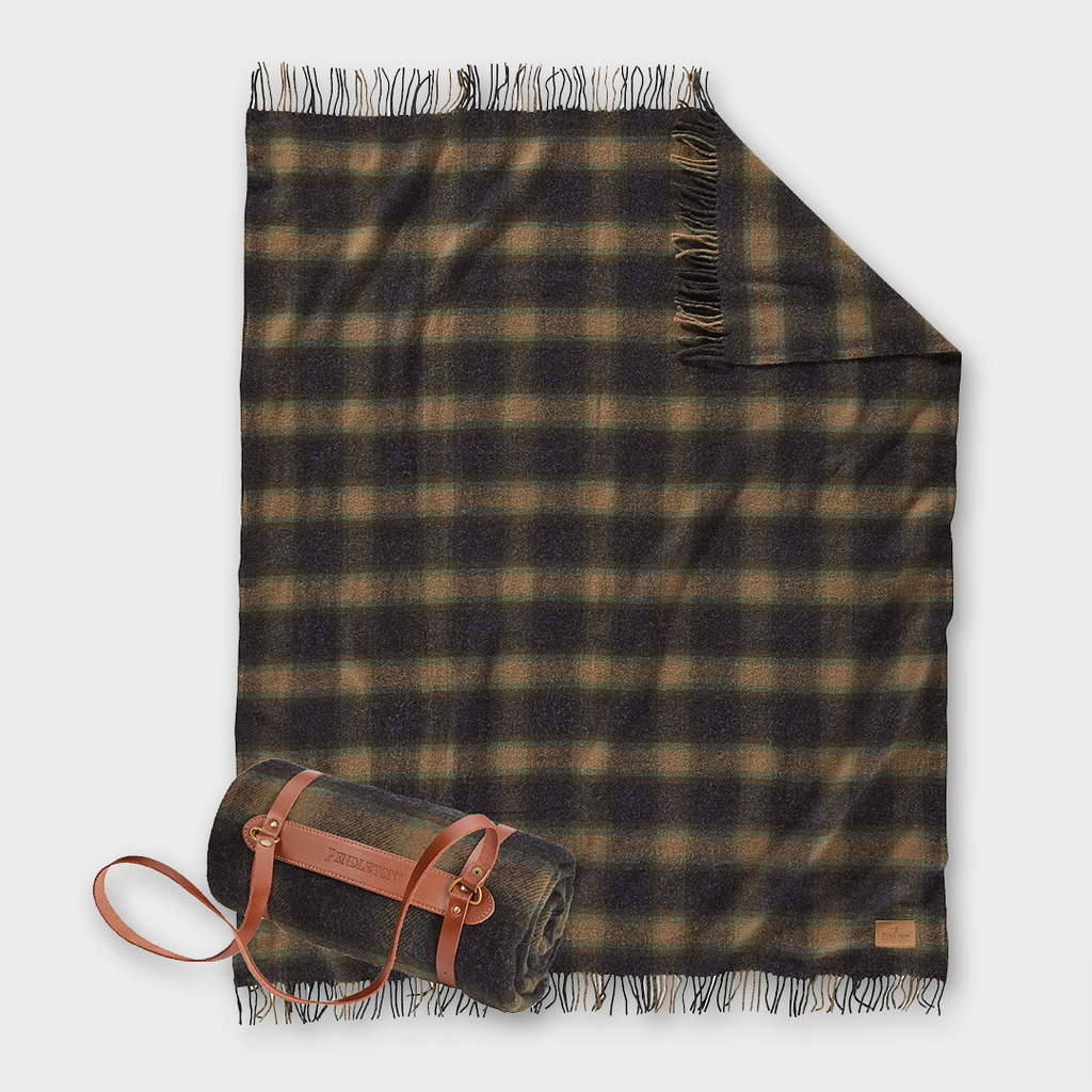 Pendleton Carry Along Motor Robe Wool Throw with Carrier - Metolius Plaid
