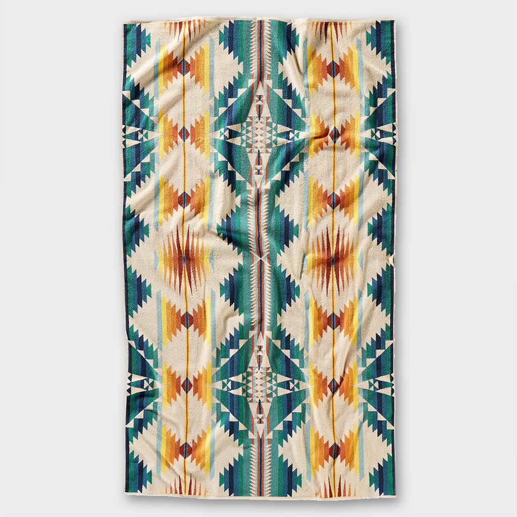 Pendleton Oversized Jacquard Spa Towel Falcon - Cove Sunset