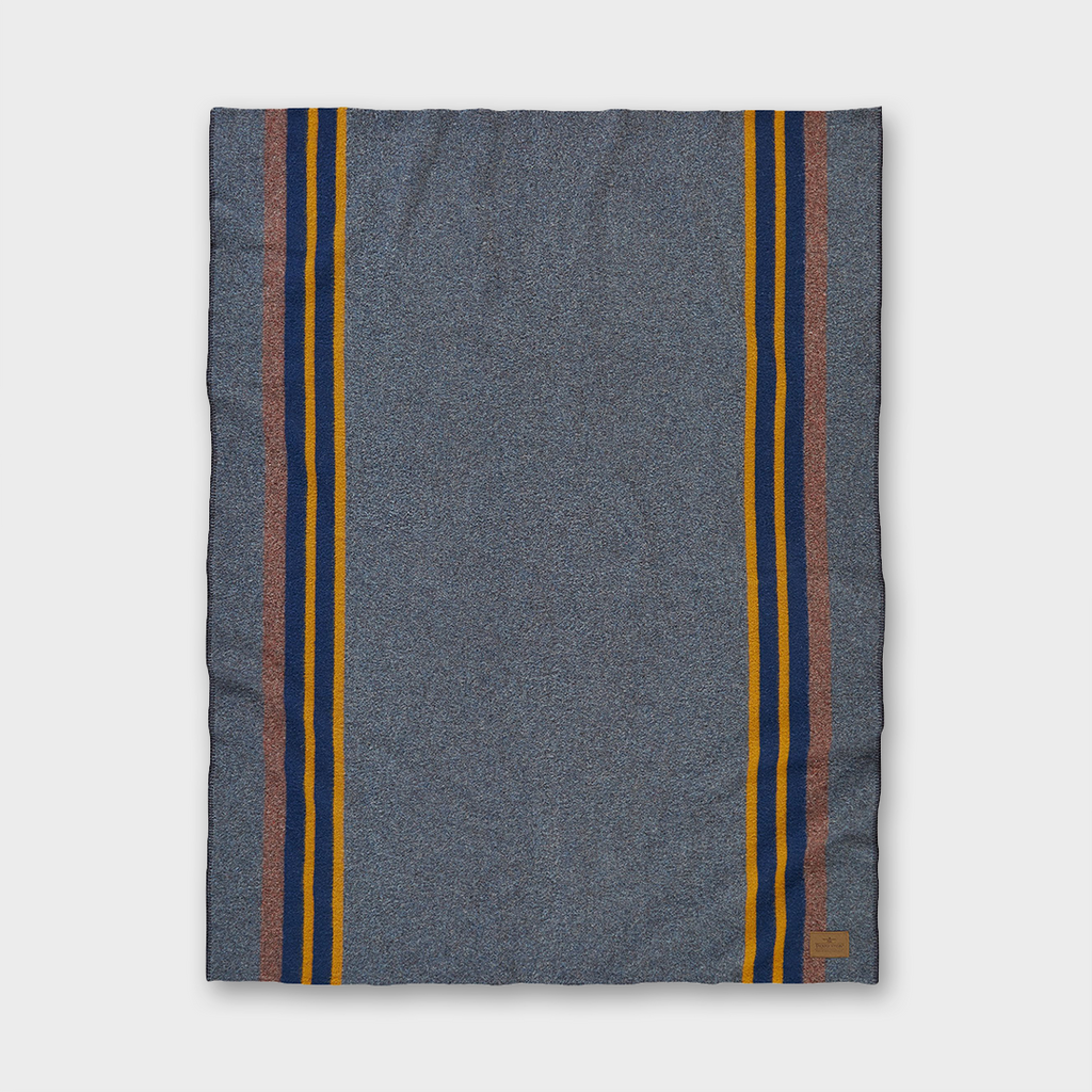 Pendleton - Yakima Camp Wool Throw - Lake