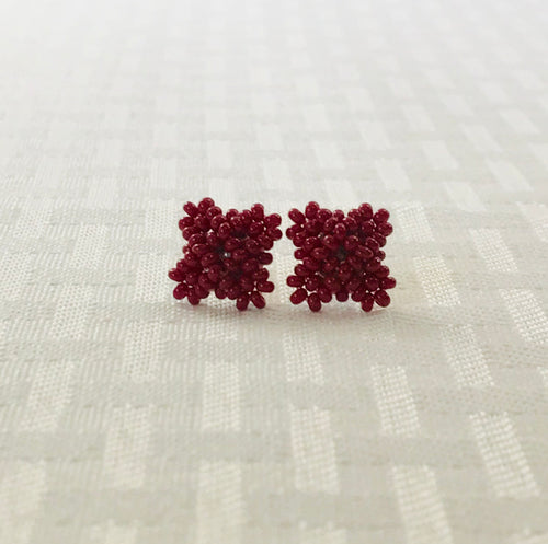 Crisscross Cube Stud Earrings, Maroon