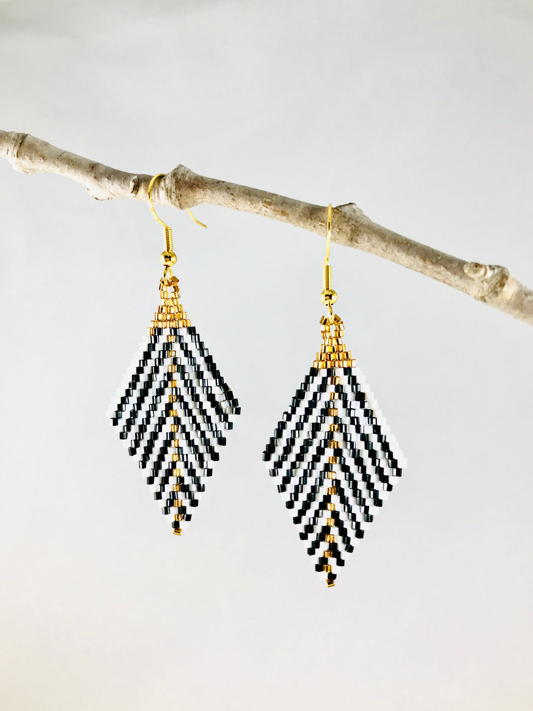 Standout Earrings, Black/White