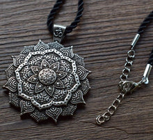 Load image into Gallery viewer, Eternal Mandala | Ketting
