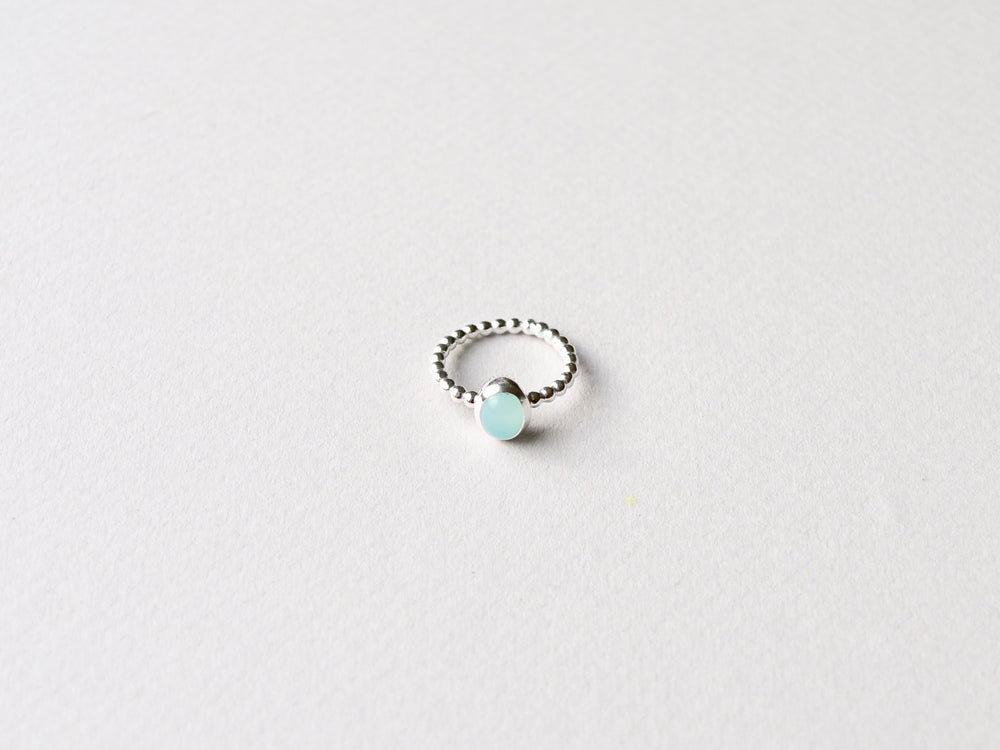 Oval Gem Dot: Aqua Chalcedon Ring Dotty silber