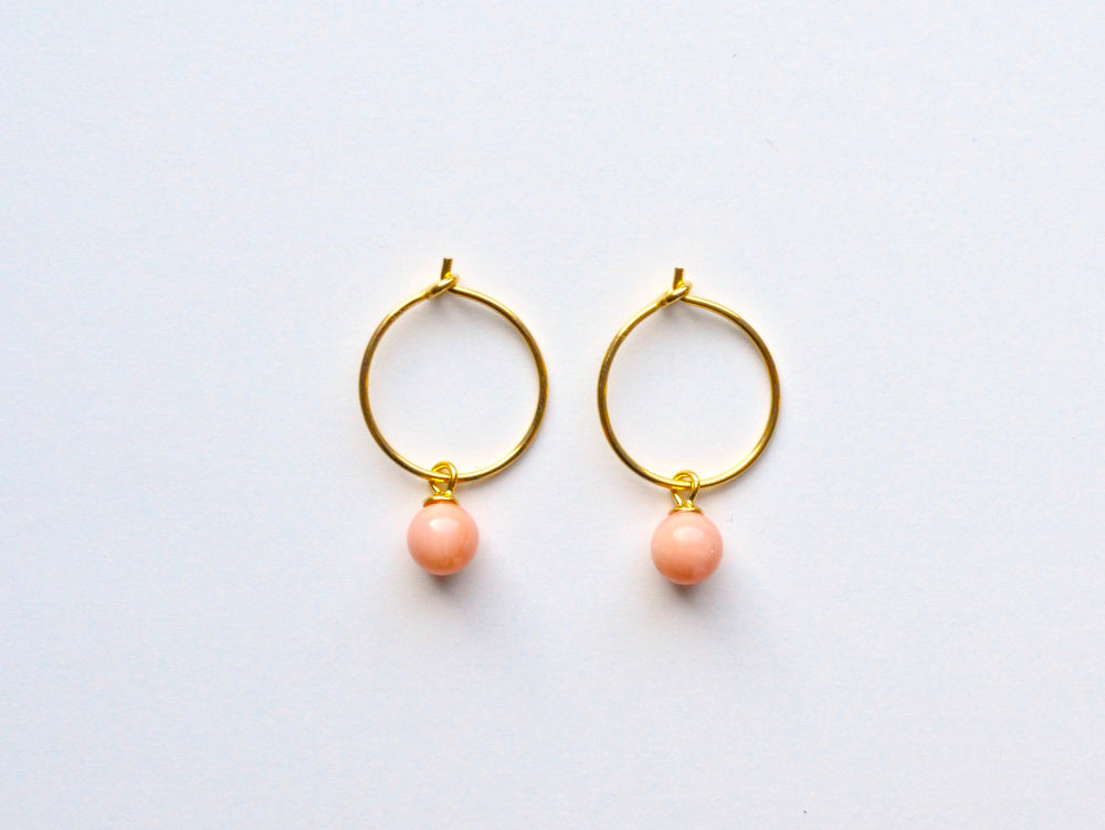 New in: Blush Coral Creolen vergoldet