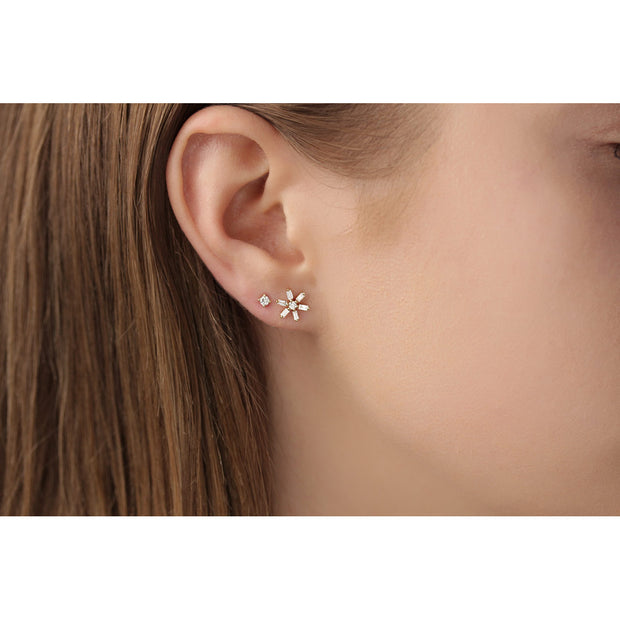 14K Solid Gold Baguette Cluster Diamond Studs Model