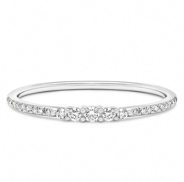 14K Solid White Gold Graduated Round Brilliant Cut Diamond Pave Band