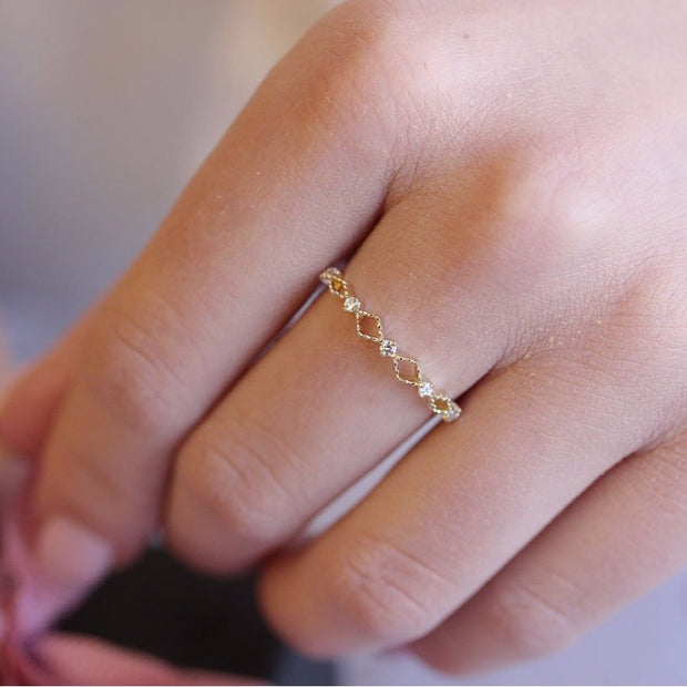 14K Solid Gold Open Lace Chevron Diamond Band Lifestyle Pic