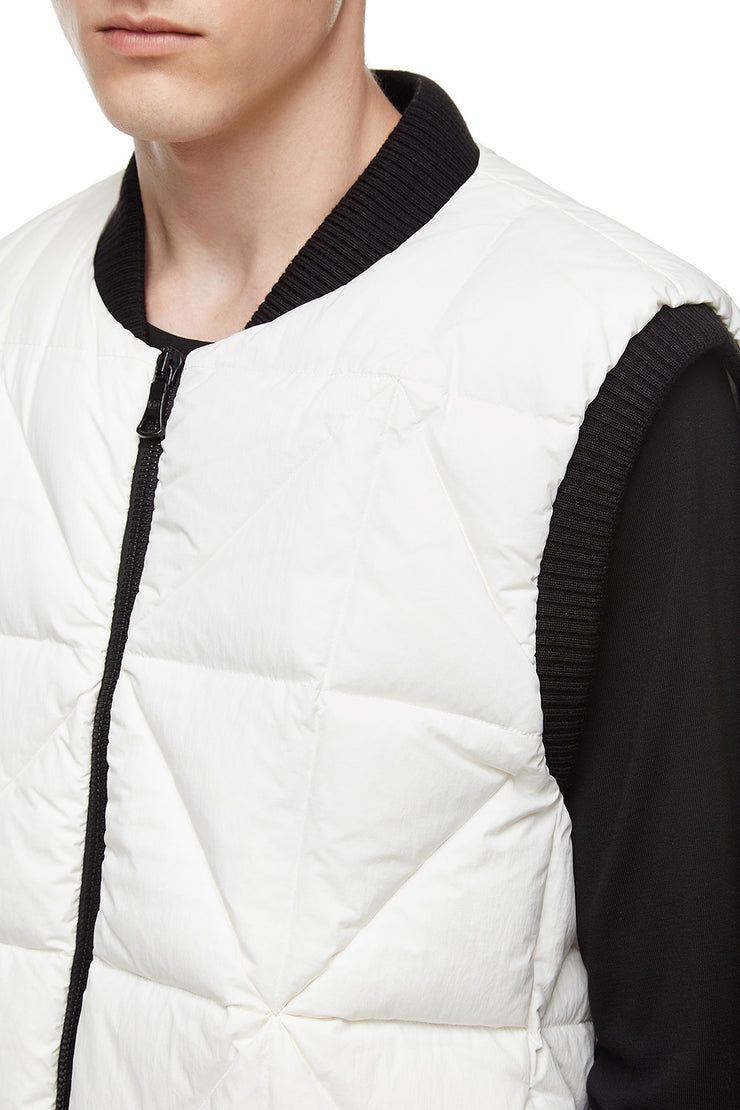 Мужской жилет Light Vest Snow White
