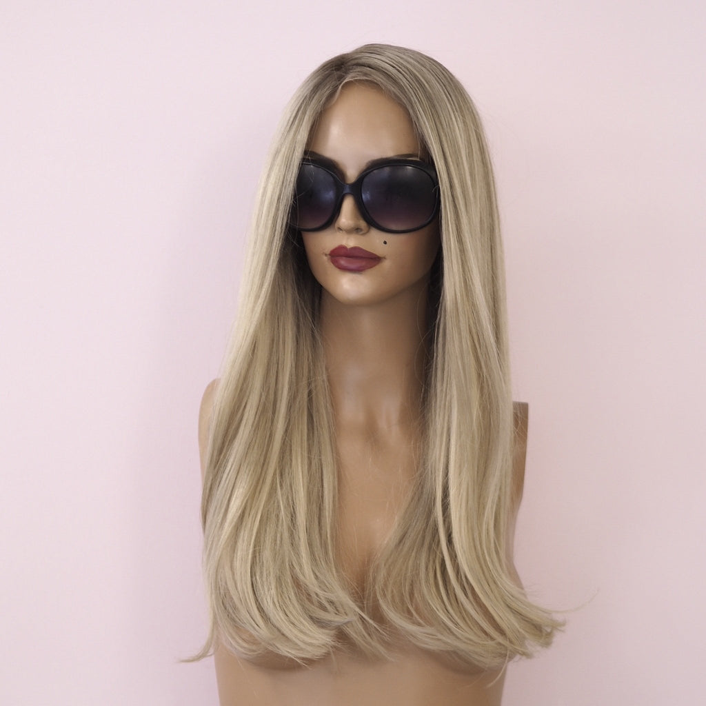 Sia - Front lace silk base / 22 inch /  180 % Volume / Small / Virgin Hair