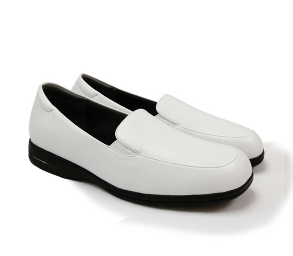 STEPCARE - Health Footwear: SC1025 Women Uniform/ Pro/ Nurse Shoes (White)