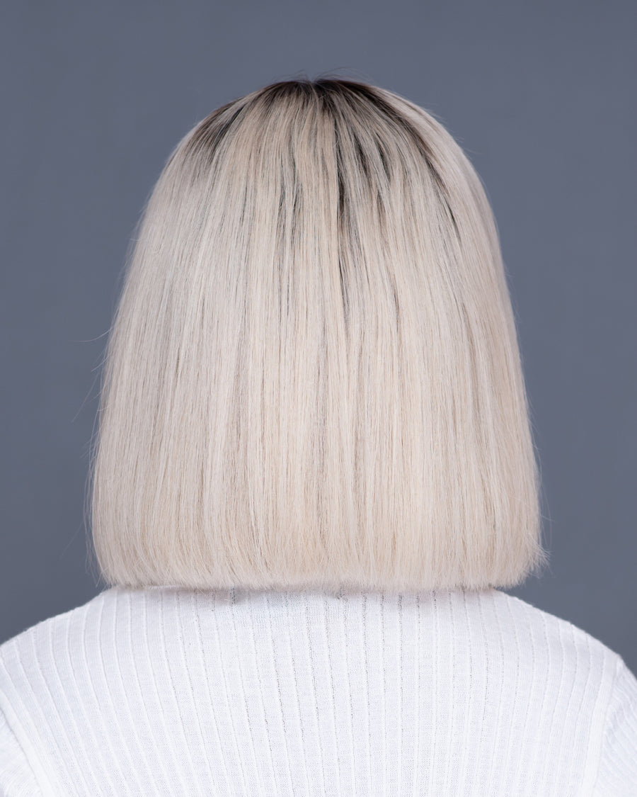 Almond Latte Blonde Bob (+Roots)