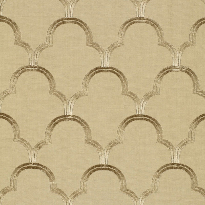 SCHUMACHER SCALLOP EMBROIDERY FABRIC 64321 / SESAME
