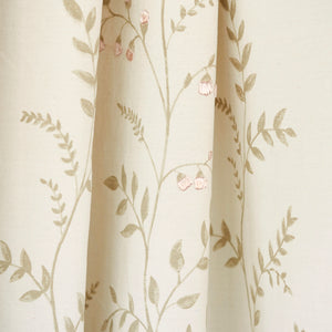 SCHUMACHER CYNTHIA EMBROIDERED PRINT FABRIC 78351 / NATURAL