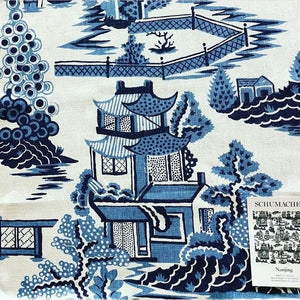 Schumacher Nanjing fabric 174431 / Porcelain