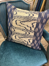 "Load image into Gallery viewer, 19"" x 19"" Agate Groundworks by Kelly Wreastler for Lee Jofa Fabric Linen Pillow Cover"