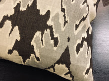 "Load image into Gallery viewer, 19"" x 19"" Ikat Bengal Bazaar by Kelly Wreastler for Lee Jofa Fabric Linen Pillow Cover"