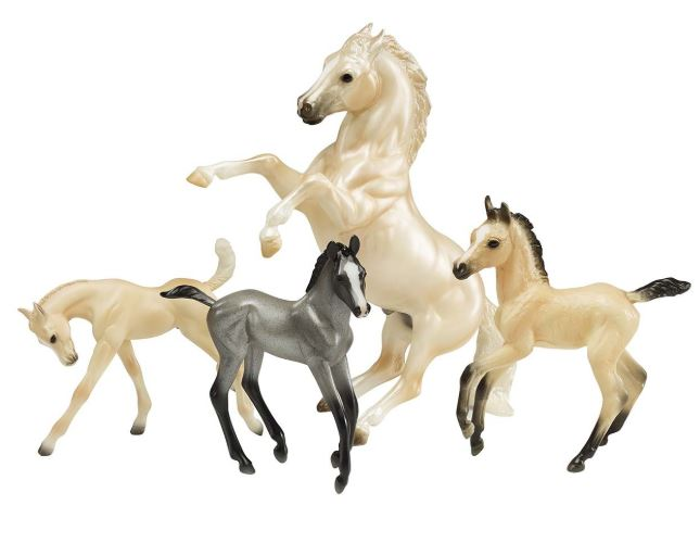 BREYER - CLOUDS LEGEND