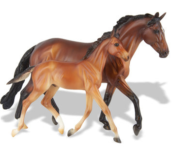 Breyer -Traditional  GG Valentine & Heartbreaker - Kentucky Horse Park