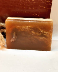 Soap on a Rope Amber Raw African Black Soap & Loofah.
