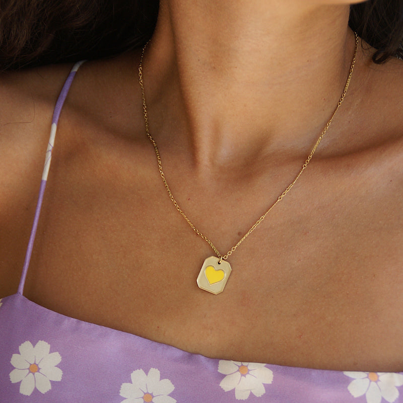 Tiny Amour Necklace