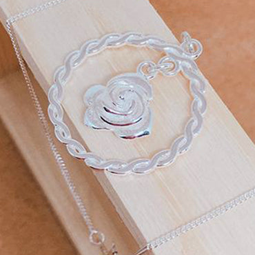Rose & Wreath Necklace