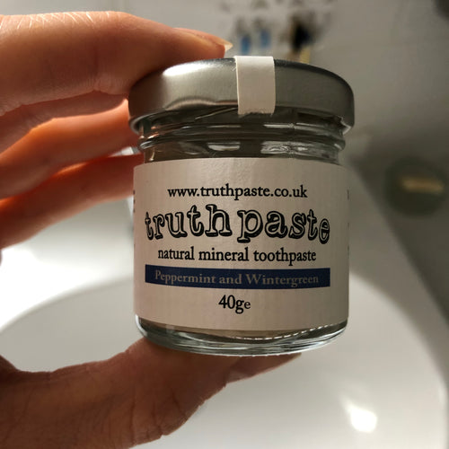 Plastic-free Natural Toothpaste by Truthpaste