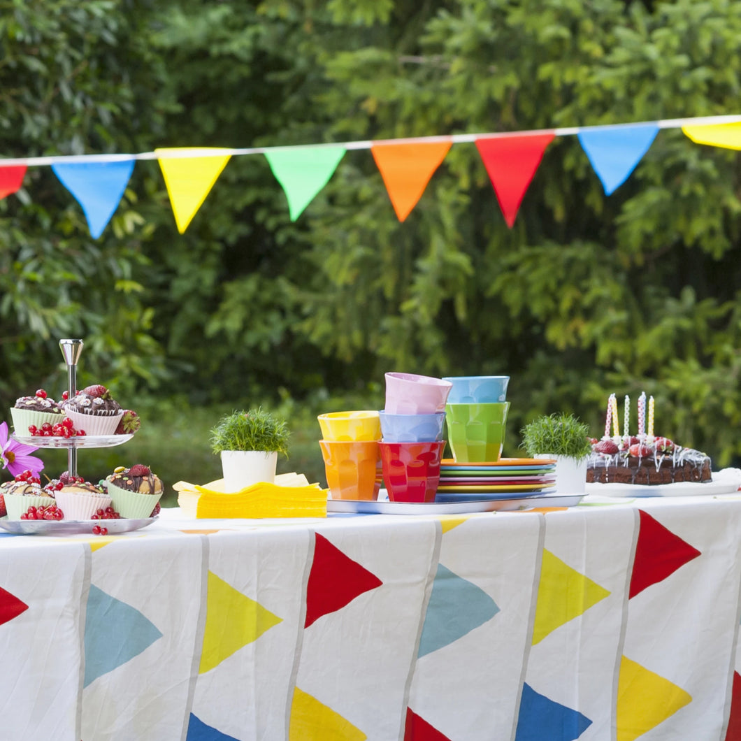 Reusable Partyware Kits for Hire