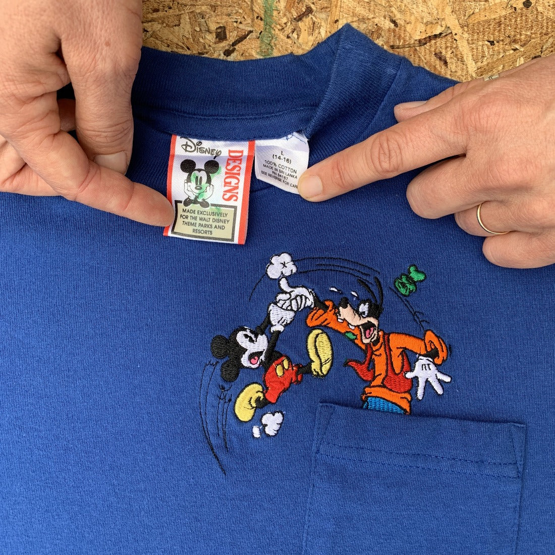 Mickey & Goofy Pocket Tshirt | S
