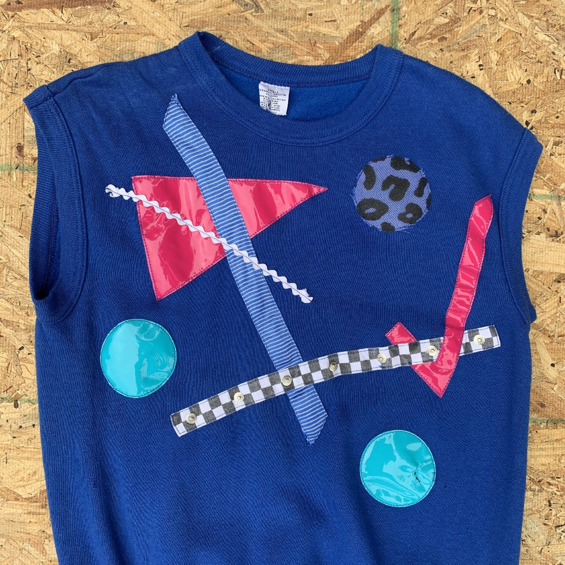 80s Abstract Applique Cut Off Tshirt Sleeveless Blue | S Vintage