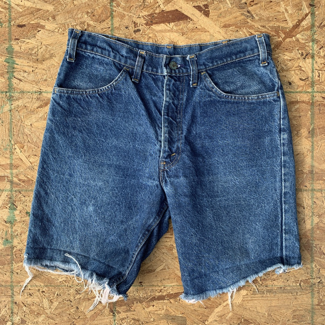 70s Levi's Vintage Indigo Wash Denim Cutoff Shorts Orange Tab | 36