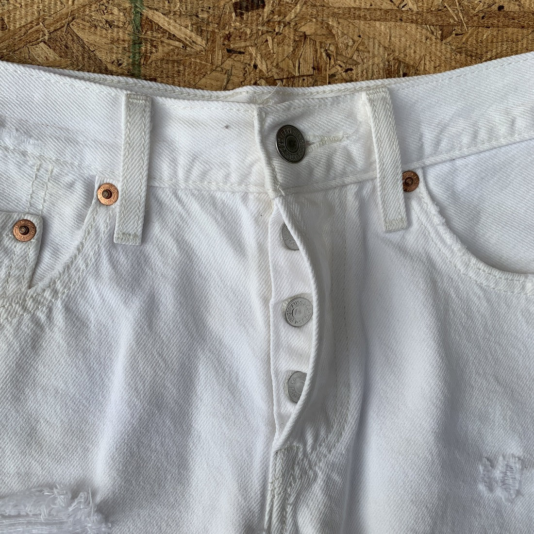 Levi's 501 White Denim Cutoff Shorts | 28