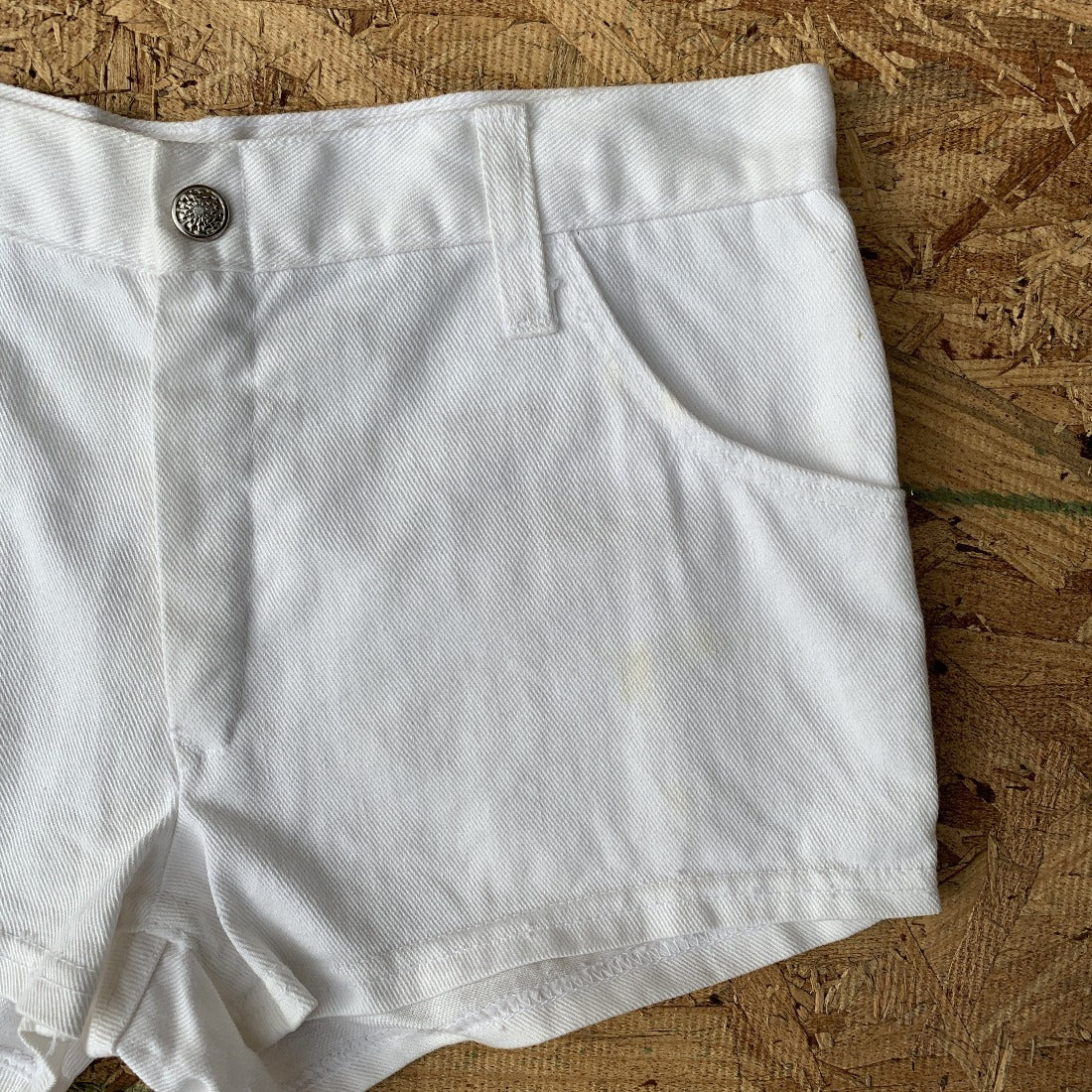 70s Sears White Denim Shorts | 26