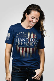Boyfriend Fit T-Shirt - Betsy Ross - Stand