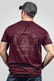 Seasonal Men's T-Shirt - Don't Tread on Me