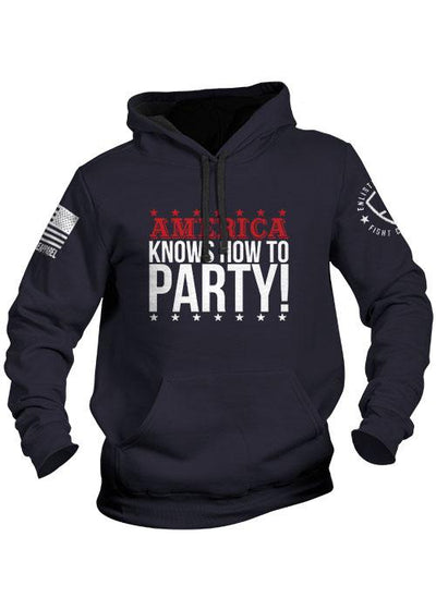 Enlisted 9 - Hoodie - America Knows 76'