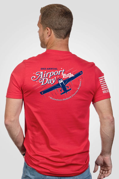 Men's T-Shirt - Airport Day