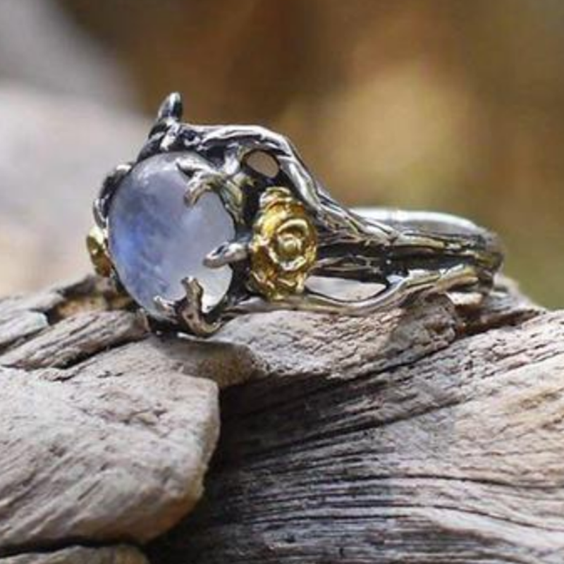 Solitaire™ - Vintage Moonstone Ring