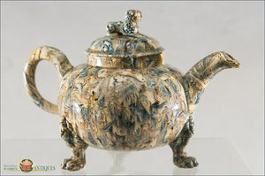 English Full Bodied Agate Tea Pot With Dog Of Fu Knop And Three Mask Paw Feet C1770