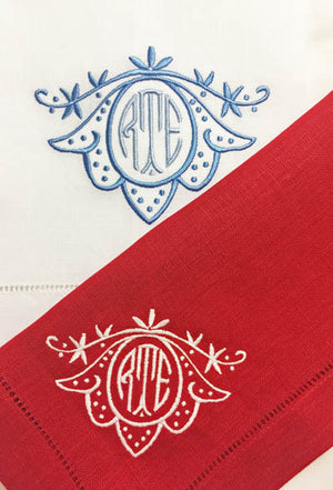 Lily Monogrammed Colour Napkins, Placemats & Cocktail Napkins
