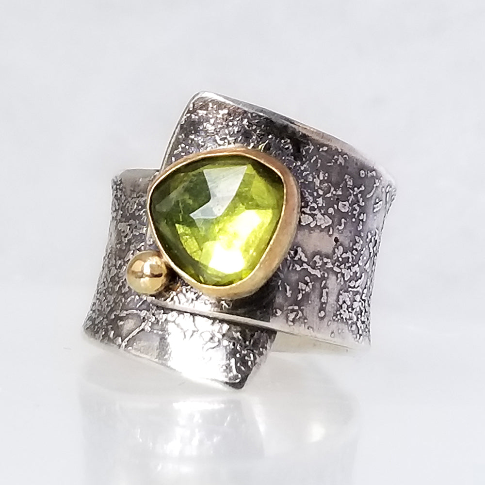 Green Vessonitemstone Ring