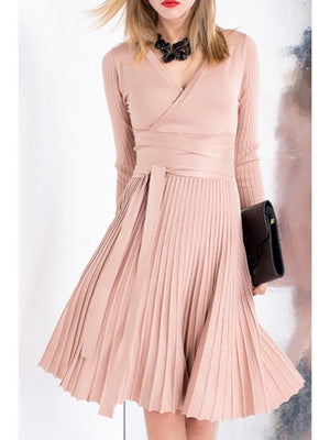 V-Neck Long Sleeves Solid Color Knitted Pleated Dress
