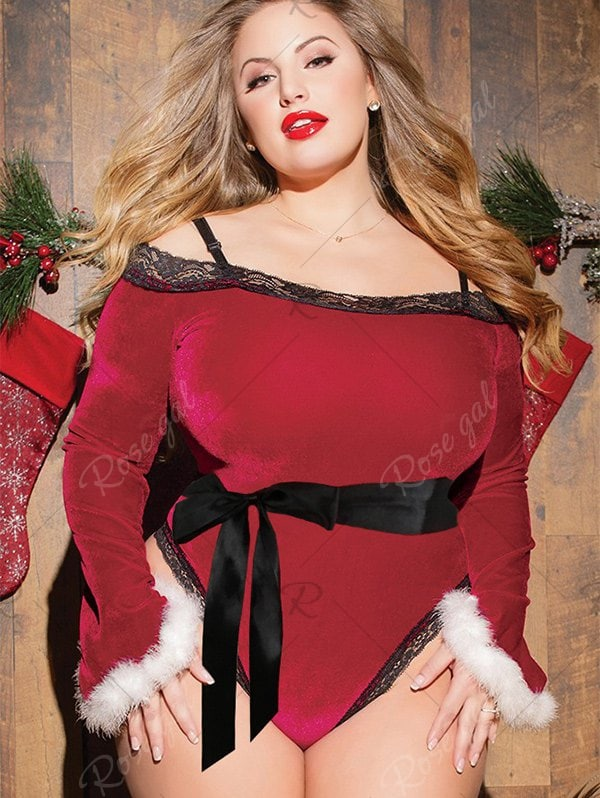 Plus Size Velvet Bodysuit With Lace Panel