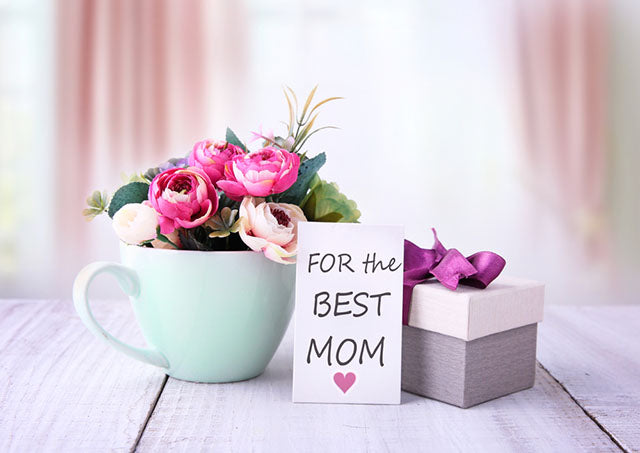 best mom card and gift