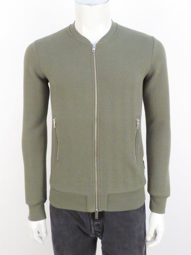 j.lindeberg moss green randall herringbone quilted sweater jacket. features front two-way zip closure. zip hand pockets at sides.
