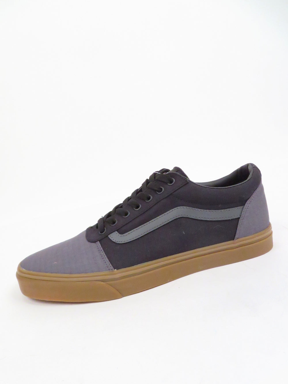 vans old skool ripstop canvas shoes. features branding at tongue/heel with signature stripe at sides. top flat lace closure and vulcanized waffle grip sole.