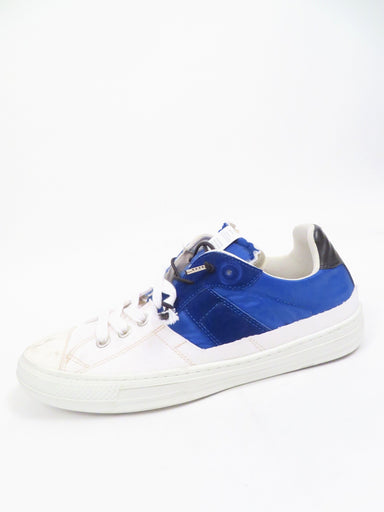 maison margiela white/blue canvas/leather/textile shoes. features branding at tongue and heel. top lace closure with rubber toe cap.